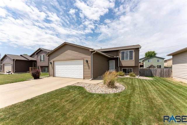 805 S Whitewood Ave, Sioux Falls, SD 57106 (MLS #22005461) :: Tyler Goff Group
