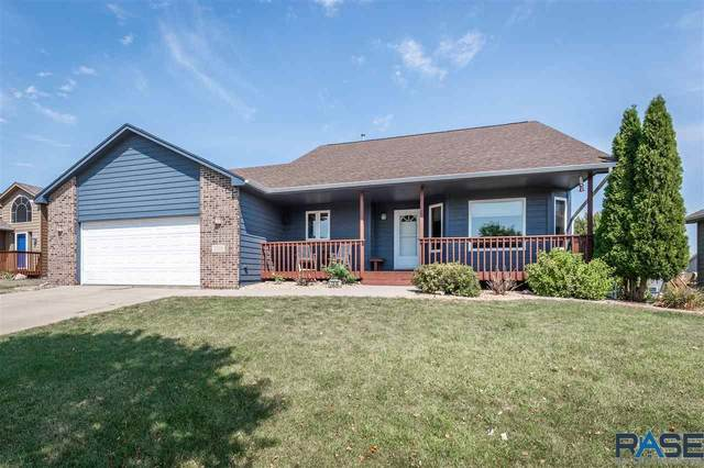 7016 W 51st St, Sioux Falls, SD 57106 (MLS #22005467) :: Tyler Goff Group