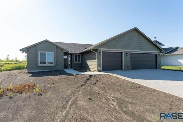 409 Thelma Ave, Harrisburg, SD 57032 (MLS #22005495) :: Tyler Goff Group