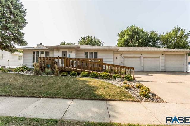 2909 E 13th St, Sioux Falls, SD 57103 (MLS #22005501) :: Tyler Goff Group