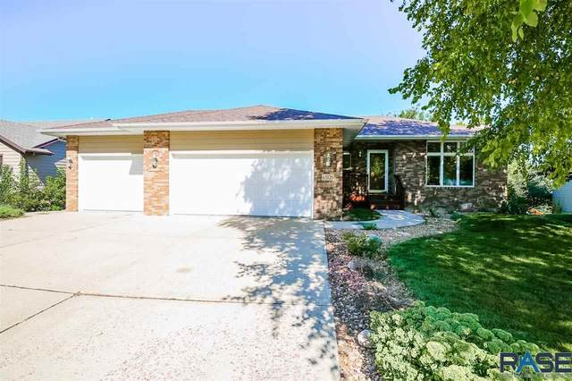 6508 W Thatcher Dr, Sioux Falls, SD 57106 (MLS #22005505) :: Tyler Goff Group