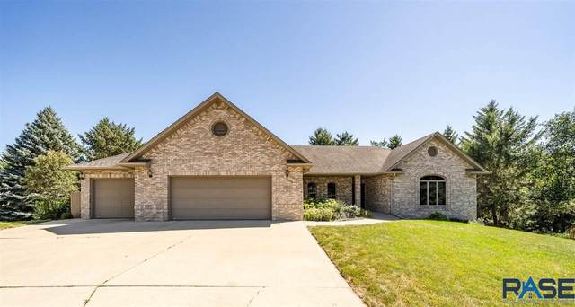 3012 S Coral Cir, Sioux Falls, SD 57103 (MLS #22005537) :: Tyler Goff Group