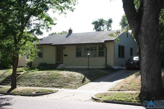 1905 S Western Ave, Sioux Falls, SD 57105 (MLS #22005553) :: Tyler Goff Group
