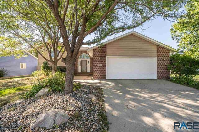 5513 W 61st St, Sioux Falls, SD 57106 (MLS #22005556) :: Tyler Goff Group