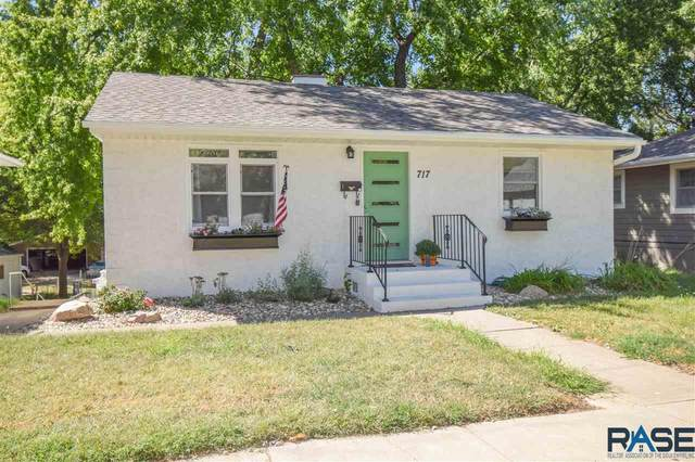 717 N Blauvelt Ave, Sioux Falls, SD 57103 (MLS #22005583) :: Tyler Goff Group