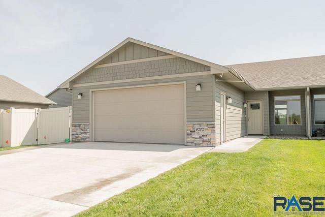6202 S Vineyard Ave, Sioux Falls, SD 57108 (MLS #22005585) :: Tyler Goff Group