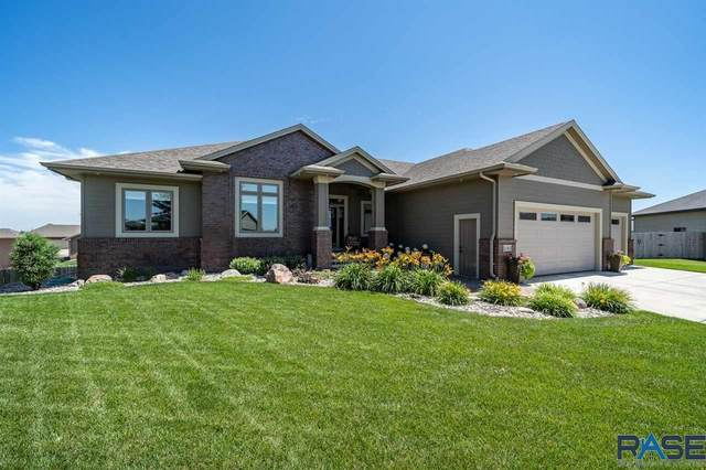 2140 S Silverpine Ct, Sioux Falls, SD 57110 (MLS #22005627) :: Tyler Goff Group