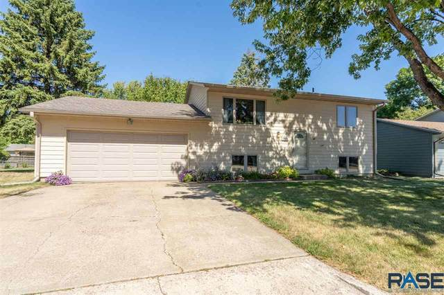 6524 W Essex Ct, Sioux Falls, SD 57106 (MLS #22005633) :: Tyler Goff Group
