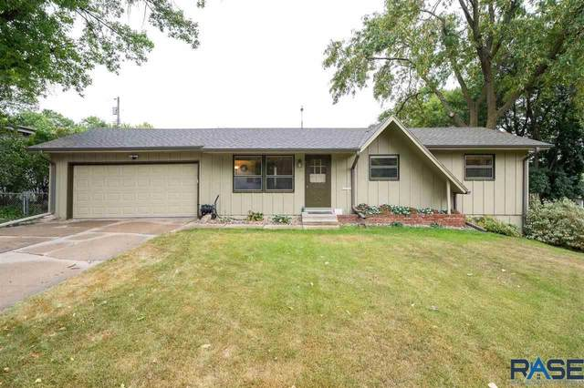 2301 E 17th St, Sioux Falls, SD 57103 (MLS #22005644) :: Tyler Goff Group