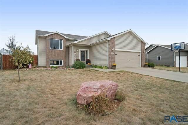 1316 Meadowbrook Trl, Brandon, SD 57005 (MLS #22005651) :: Tyler Goff Group