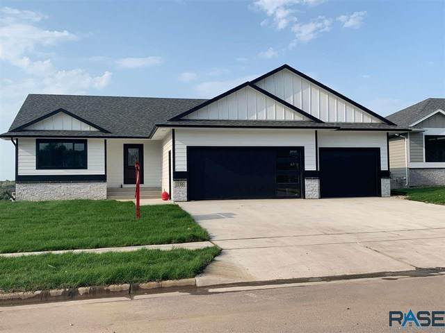 1116 N Archer Dr, Sioux Falls, SD 57103 (MLS #22005712) :: Tyler Goff Group