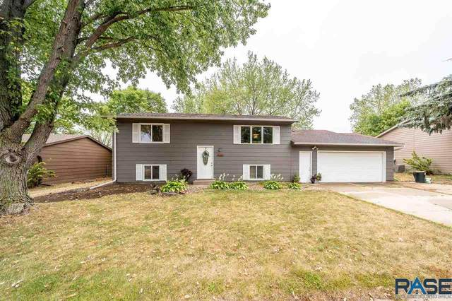 109 E Glenwood Dr, Brandon, SD 57005 (MLS #22005720) :: Tyler Goff Group