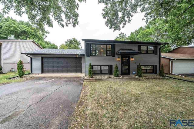 6012 W 46th St, Sioux Falls, SD 57106 (MLS #22005760) :: Tyler Goff Group