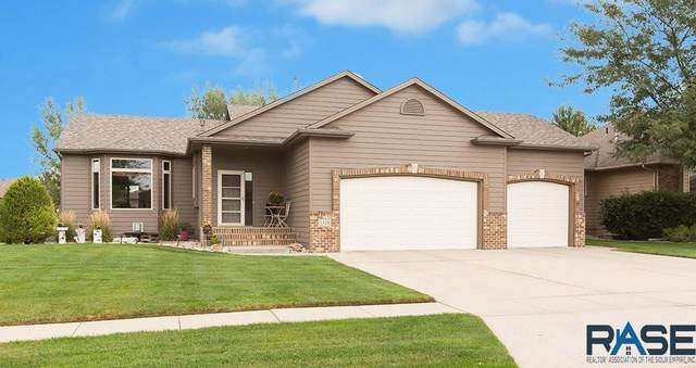 1324 W Stonegate Dr, Sioux Falls, SD 57108 (MLS #22005777) :: Tyler Goff Group