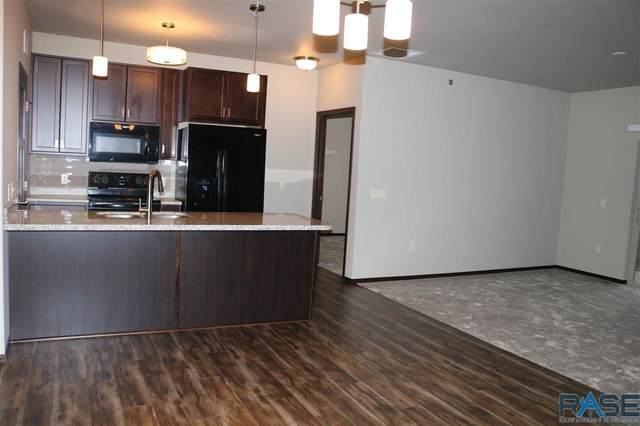 7701 S Townsley Ave #207, Sioux Falls, SD 57108 (MLS #22005787) :: Tyler Goff Group
