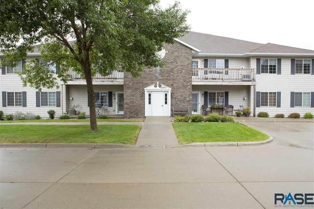 3300 W Miles Pl, Sioux Falls, SD 57108 (MLS #22005797) :: Tyler Goff Group