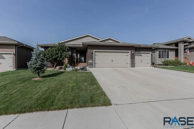 4401 S Vista Park Ave, Sioux Falls, SD 57106 (MLS #22005803) :: Tyler Goff Group