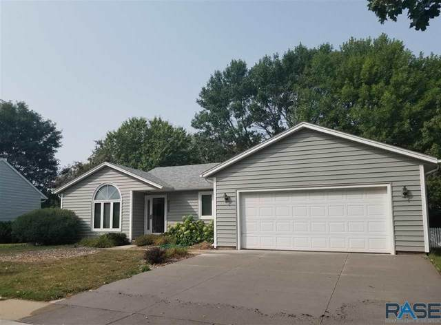3205 S Valley View Rd, Sioux Falls, SD 57106 (MLS #22005807) :: Tyler Goff Group