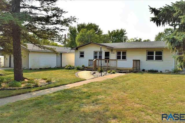 27201 Spruce Pl, Harrisburg, SD 57032 (MLS #22005911) :: Tyler Goff Group