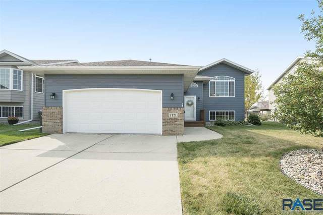 7421 W 50th St, Sioux Falls, SD 57106 (MLS #22005924) :: Tyler Goff Group