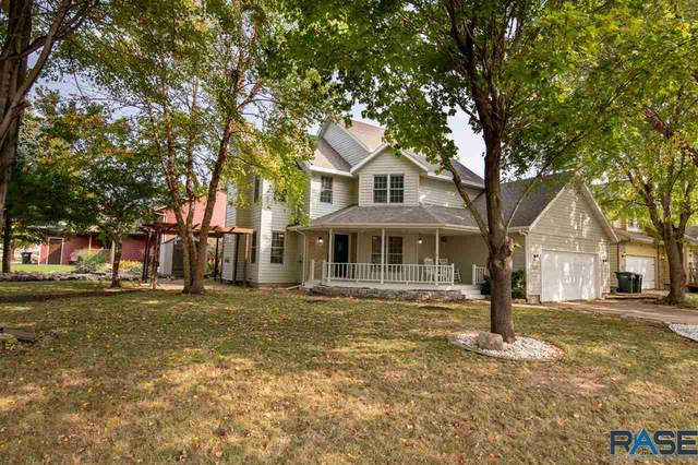 2723 S Avondale Ct, Sioux Falls, SD 57110 (MLS #22005935) :: Tyler Goff Group