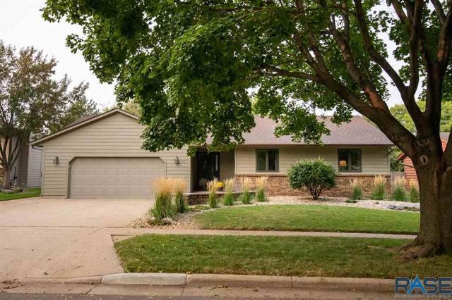 811 N Columbia Dr, Sioux Falls, SD 57103 (MLS #22005936) :: Tyler Goff Group