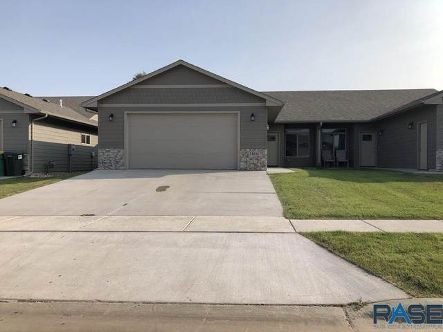 3303 E Chatham St, Sioux Falls, SD 57108 (MLS #22005972) :: Tyler Goff Group