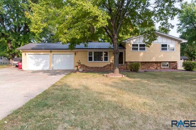 4004 S Marion Rd, Sioux Falls, SD 57106 (MLS #22005986) :: Tyler Goff Group