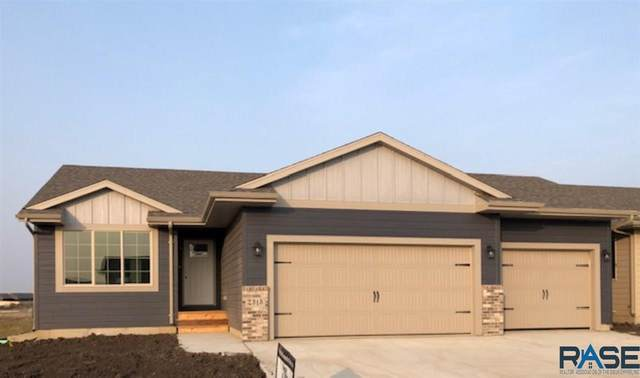 2313 S Creekview Ave, Sioux Falls, SD 57106 (MLS #22006060) :: Tyler Goff Group