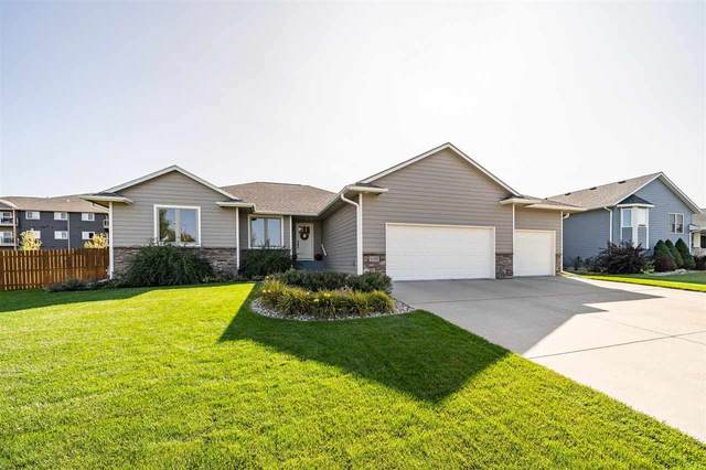 1100 S Tayberry Ave, Sioux Falls, SD 57106 (MLS #22006077) :: Tyler Goff Group