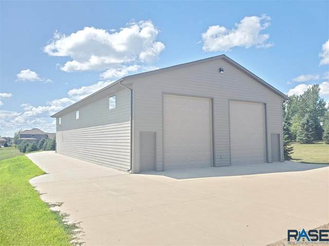 907 W 15th St, Dell Rapids, SD 57022 (MLS #22006089) :: Tyler Goff Group