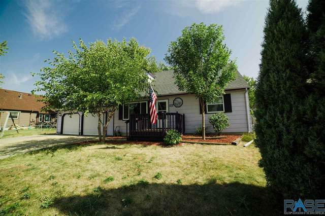 5404 S Holbrook Ave, Sioux Falls, SD 57108 (MLS #22006104) :: Tyler Goff Group
