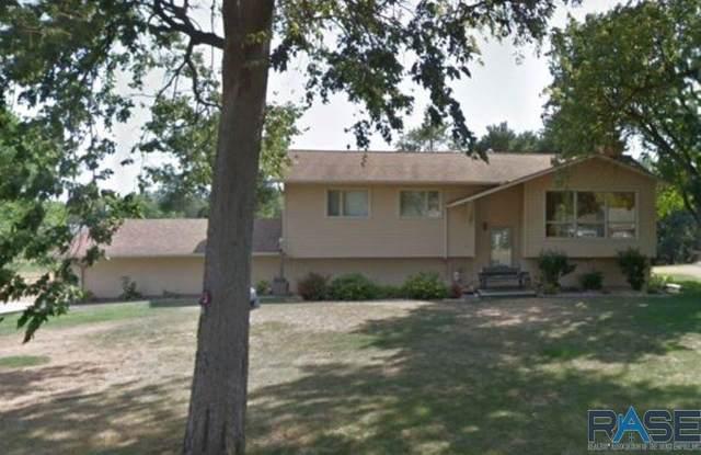 212 E Jefferson St, Elk Point, SD 57025 (MLS #22006117) :: Tyler Goff Group