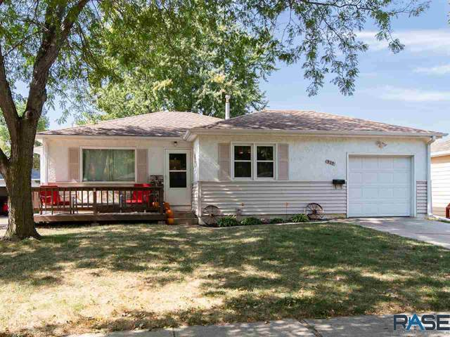 905 S Sneve Ave, Sioux Falls, SD 57103 (MLS #22006125) :: Tyler Goff Group