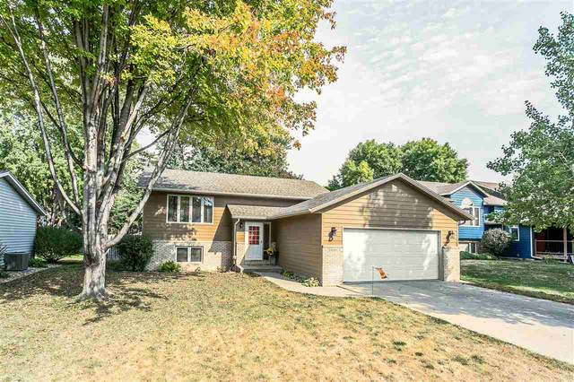 5900 W 52nd St, Sioux Falls, SD 57106 (MLS #22006133) :: Tyler Goff Group