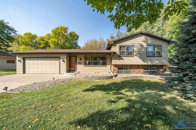 2309 S Royal Ct, Sioux Falls, SD 57106 (MLS #22006298) :: Tyler Goff Group