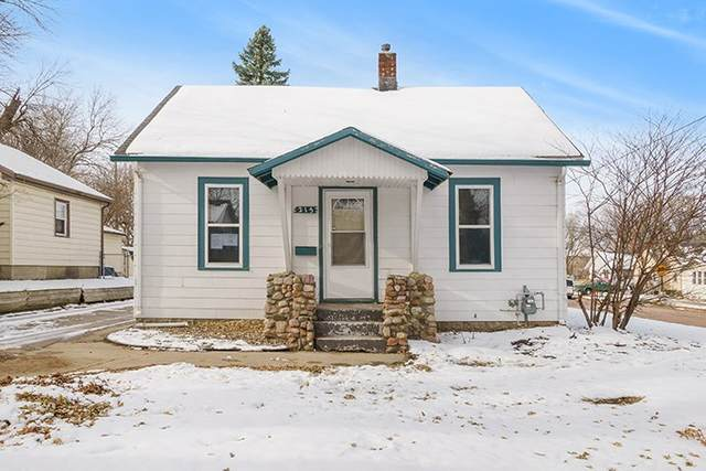 215 Hawthorne Ave, Sioux Falls, SD 57104 (MLS #22006982) :: Tyler Goff Group