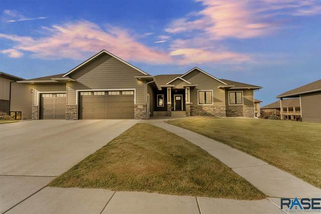 7405 S Kenton Ln, Sioux Falls, SD 57108 (MLS #22007028) :: Tyler Goff Group