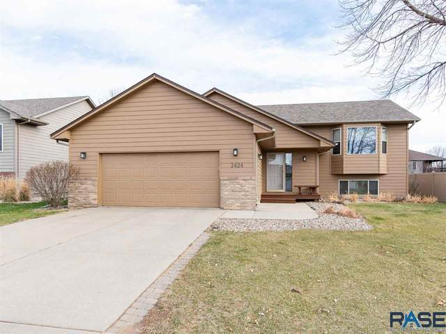 3424 S Goldenrod Ln, Sioux Falls, SD 57110 (MLS #22007067) :: Tyler Goff Group