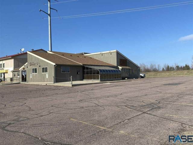 1202 Kniss S. Ave, Luverne, MN 56156 (MLS #22007071) :: Tyler Goff Group
