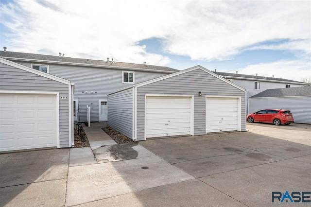 1113 S Bridgeport Pl, Sioux Falls, SD 57106 (MLS #22007123) :: Tyler Goff Group