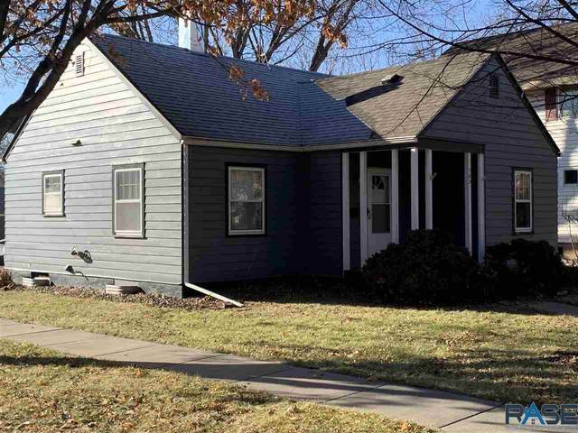 703 Main St, Luverne, MN 56156 (MLS #22007127) :: Tyler Goff Group
