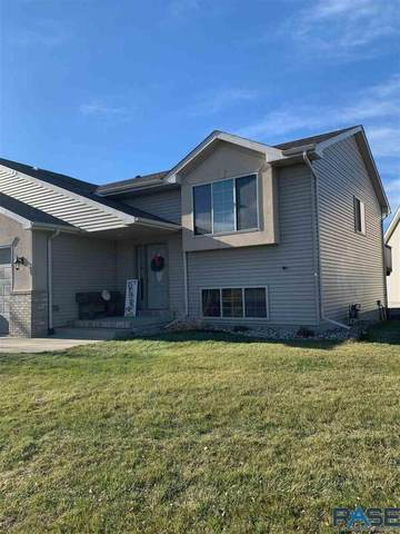 7609 S Peregrine Pl, Sioux Falls, SD 57108 (MLS #22007130) :: Tyler Goff Group