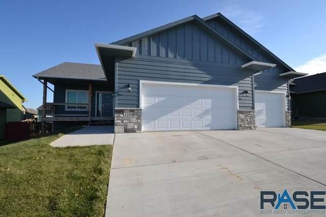 1200 N Mossy Oak Ave, Sioux Falls, SD 57103 (MLS #22007167) :: Tyler Goff Group