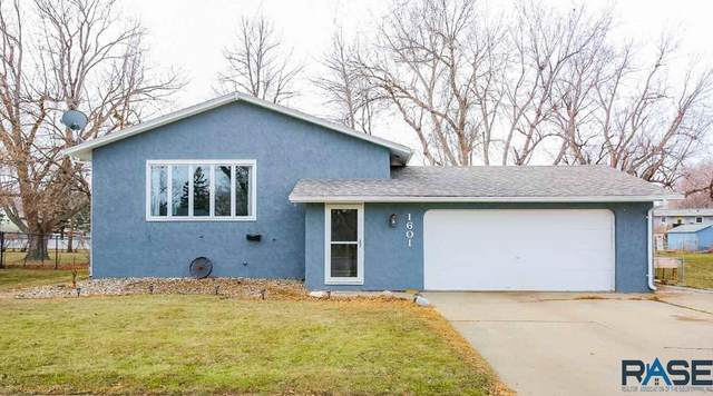 1601 S Cameo Way, Sioux Falls, SD 57105 (MLS #22007369) :: Tyler Goff Group