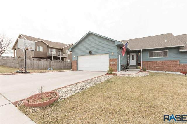 1005 N Bahnson Ave, Sioux Falls, SD 57103 (MLS #22007406) :: Tyler Goff Group