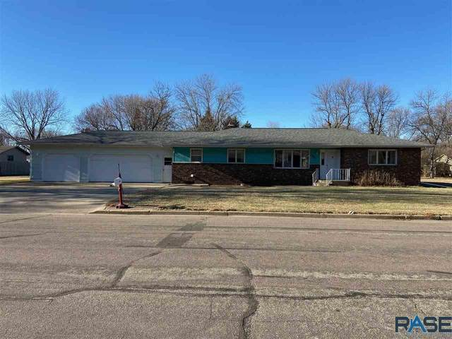 109 Evergreen Dr, Sioux Falls, SD 57107 (MLS #22007454) :: Tyler Goff Group