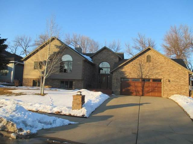 6004 W Winterberry Cir, Sioux Falls, SD 57106 (MLS #22007506) :: Tyler Goff Group