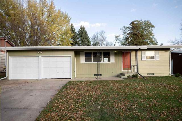 3108 S Lyndale Ave, Sioux Falls, SD 57105 (MLS #22100085) :: Tyler Goff Group