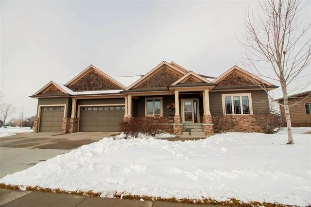 910 Pebble Beach Dr, Beresford, SD 57004 (MLS #22100103) :: Tyler Goff Group